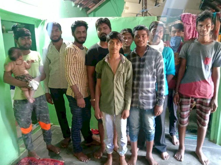 भीलवाड़ा से मजदूरी करने गए 35 युवक तमिलनाडु के तिरुपुर जिला में अटके,