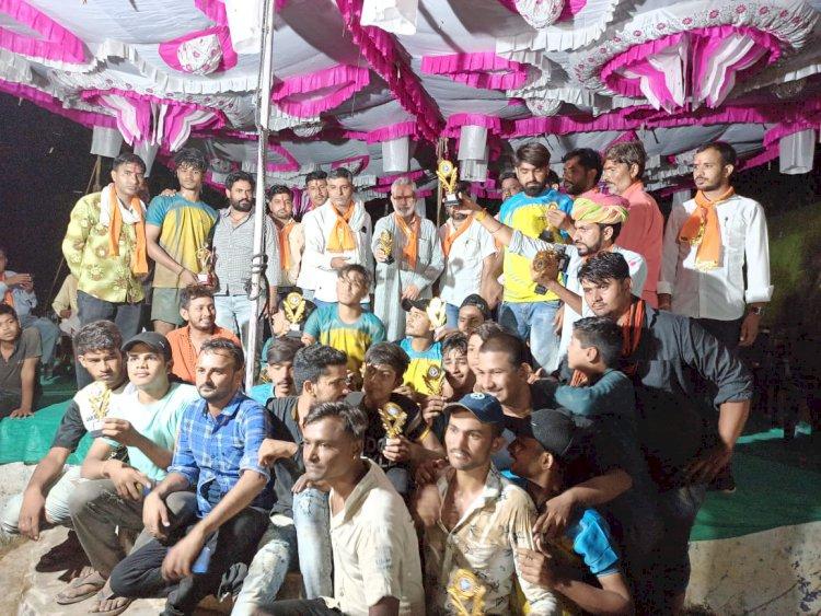 अहीर समाज की एक दिवसीय कबड्डी प्रतियोगिता में मेजबान हम्मेरपुरा उपविजेता व जेतपुरा रहा विजेता